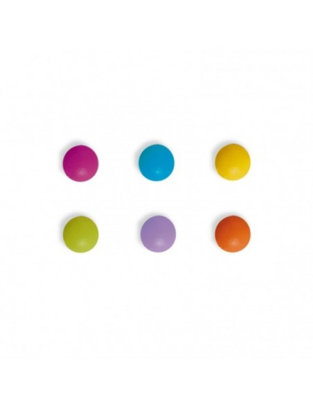 Brads metálicos en colores vibrantes.
